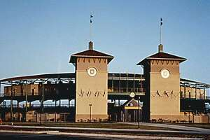 This 6,400-seat Wolff Stadium houses the city's AA minor league baseball team, the Missions. Two stucco-clad towers at the stadium's main entrance recall the Spanish-influenced heritage of San Antonio as well as the name of the local ball club.