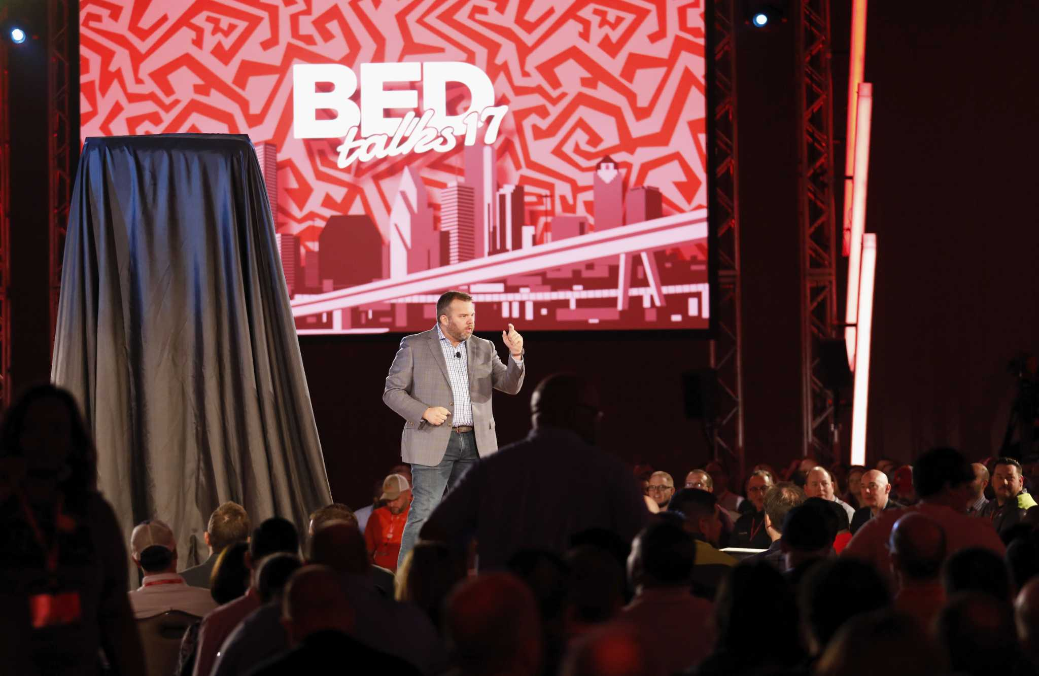 Apple's co-founder helps Mattress Firm market its Serta Simmons products -  Houston Chronicle