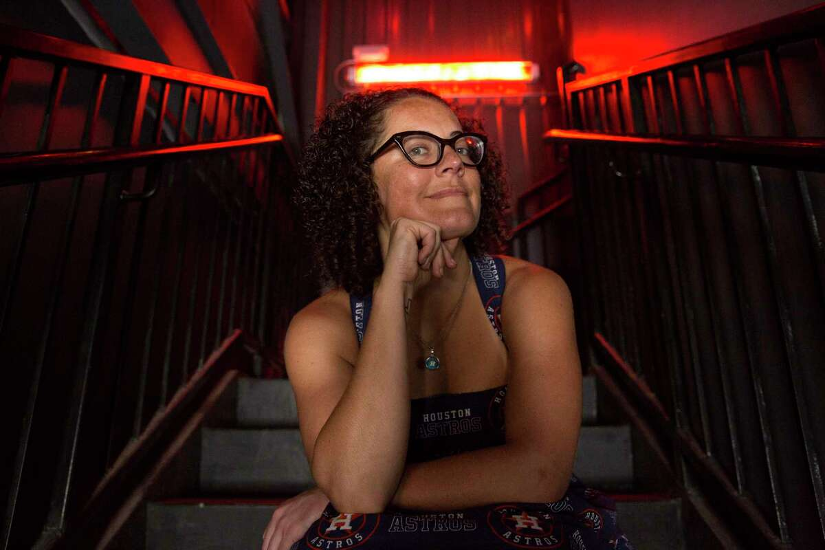 Comedian Dusti Rhodes poses for a portrait at The Secret Group, where she performs regularly, Wednesday, May 3, 2017, in Houston. ( Yi-Chin Lee / Houston Chronicle )