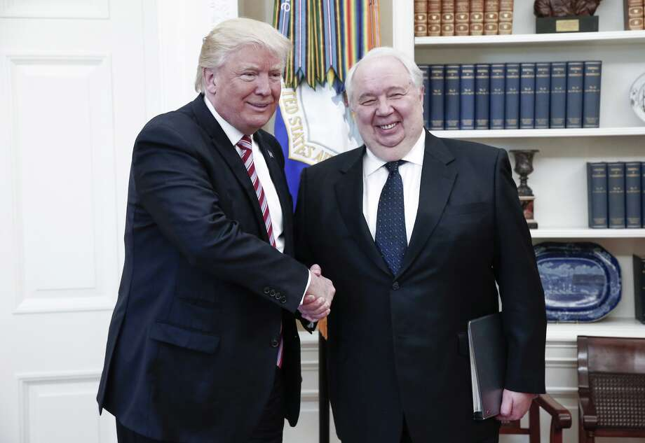 US President Donald Trump (L) shakes hands with Russian Ambassador to the United States Sergei Kislyak during talks with Russia's Foreign Minister Sergei Lavrov (not in picture) in the Oval Office at the White House. Photo: Russian Foreign Ministry