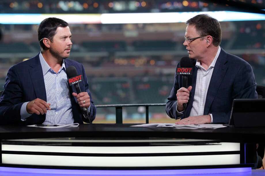 Bart Enis (right) will not be back with AT&T SportsNet Southwest after the network decided not to renew his contract. Photo: Elizabeth Conley, Houston Chronicle / © 2017 Houston Chronicle