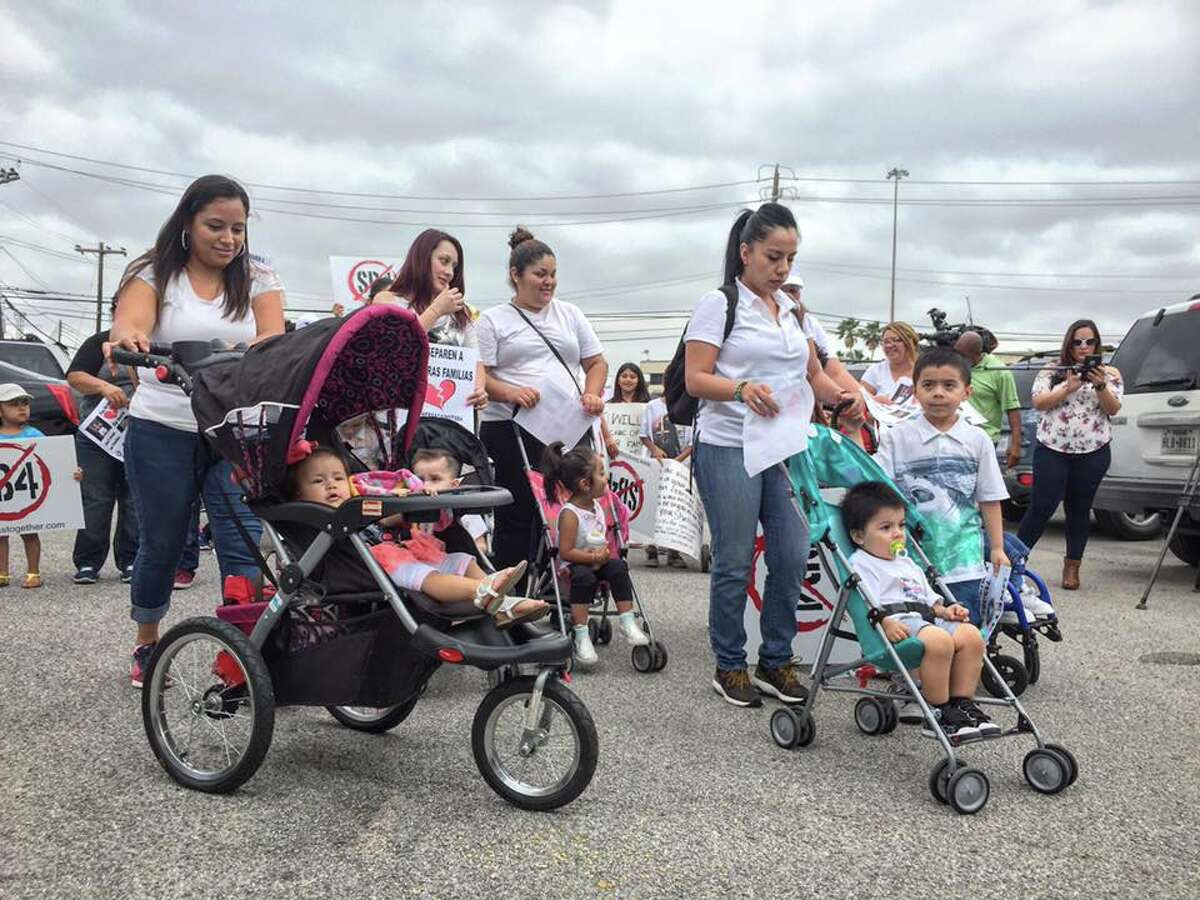 Immigrants commemorated Mothers' Day on May 10, 2017, in Houston with a protest against SB-4, a bill passed by the Texas Legislature aiming to ban so-called sanctuary cities in the state. The bill is criticized as a