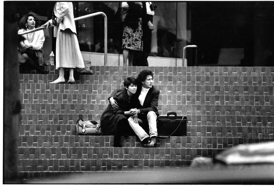 People in downtown San Francisco moments after the 1989 earthquake. Photo: Frederic Larson, The Chronicle