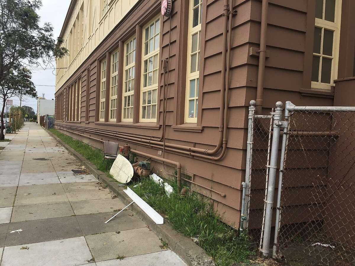 Francis Scott Key Elementary School annex on 43rd Avenue between Irving and Judah streets in San Francisco
