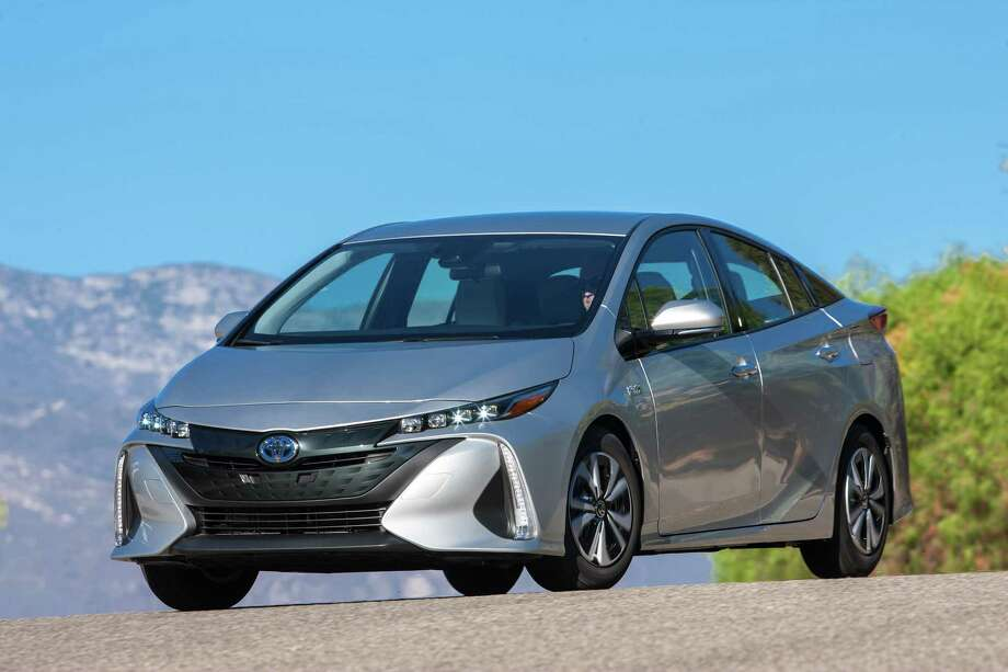 Toyota S Prius Prime Think Of It As A Tesla For The Rest Us