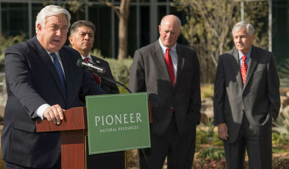 Pioneer Natural Resources Company (NYSE:PXD) Valuation According To Analysts