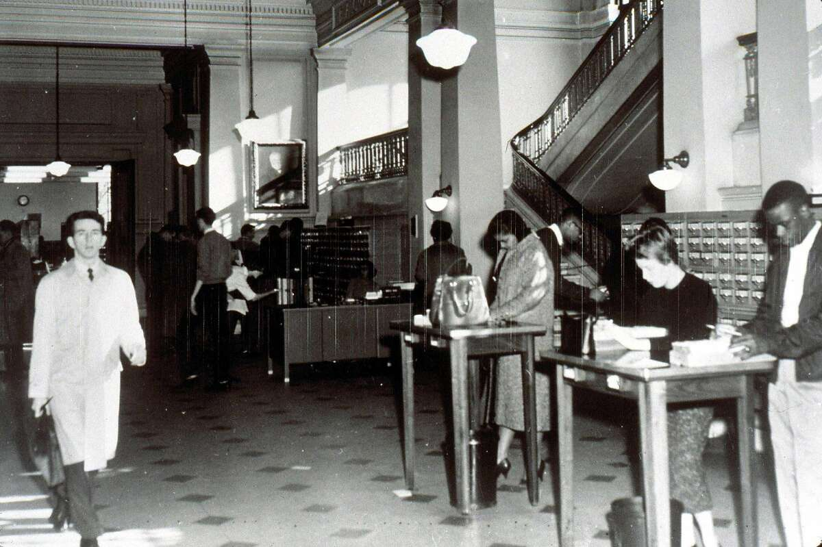 At the height of segregation, the Carnegie Library was the rare downtown building that welcomed non-whites. The building now houses the City Museum of Washington. Illustrates MUSEUM-DISTRICT (category t), by Jacqueline Trescott (c) 2003, The Washington Post. Moved Wednesday, May 14, 2003. (MUST CREDIT: Photo courtesy of the D.C. Public LIbrary.)