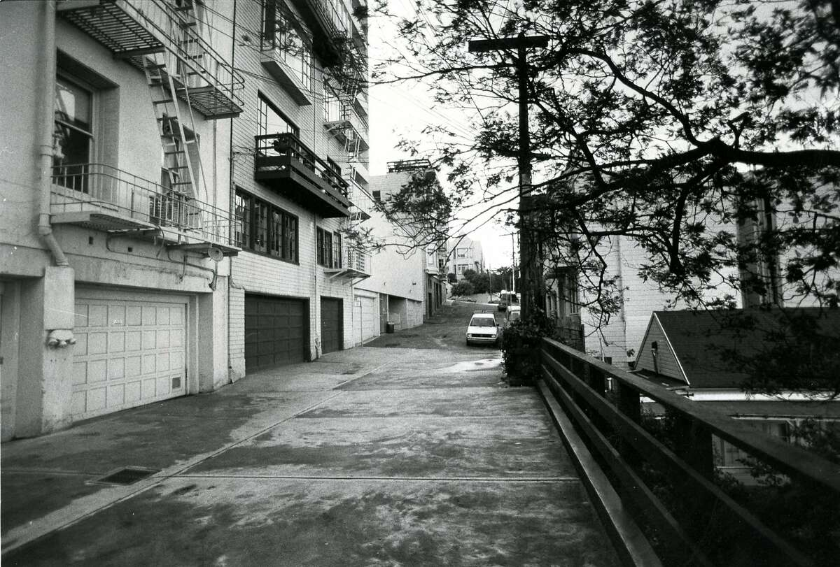 Macondray Lane in Russian Hill. January 30, 1982