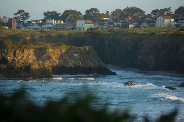 One Day Place Mendocino