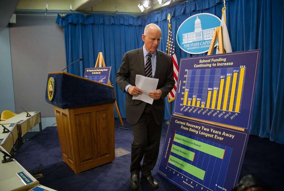 Budget revisions: California Governor Jerry Brown announces his May revise to the 2017-18 budget during a press conference at the State Capitol in Sacramento, Calif. on Thursday, May 11, 2017. Photo: Chris Kaufman, Special To The Chronicle