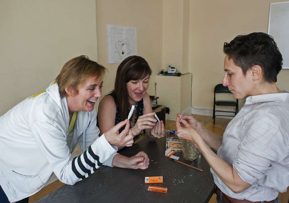 """Need combo cap: Above: Julia Brothers (left, Robyn), Susi Damilano (Sharon), and director Becca Wolff practice rolling a fake joint for """"The Roommate."""" Right: Playwright Jen Silverman. Photo: Ken Levin"""