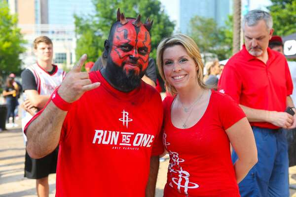 Fans get ready for Game 6 of the Houston Rockets' Western Conference semi-final series with the San Antonio Spurs at Toyota Center, Thursday, May 11, 2017, in Houston. (Mark Mulligan / Houston Chronicle)