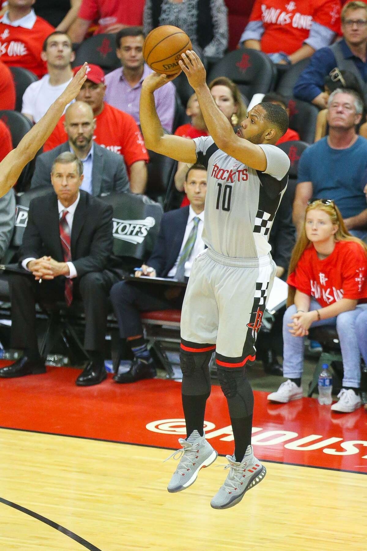 Houston Rockets guard Eric Gordon (10) shoots a three point shot during the second half of Game 6 of the Western Conference semi-final series between the Houston Rockets and San Antonio Spurs at Toyota Center, Thursday, May 11, 2017, in Houston. (Mark Mulligan / Houston Chronicle)