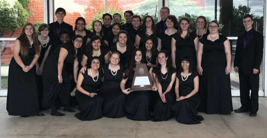 MHS choir: Julietta Brito, front row from left, Natalie Jarratt, Caylee Helton, Audrey Adams and Casey Contreras; Siera Wadsworth, second row from left, Logan Holmes, Markell Matthews, Alliana Perez, Gabbie Valles, Camryn Jordan and Ashley Ledesma; Kent Mohr, third row from left, Kayla Gonzales, Emily Arciniegas, Katie Dominguez, Brandon Roberts, Elizabeth Mills, Hannah Cauble, Laura Kator, Lauren Ready, Grayson Jones; and Marshall Mayfield, back row from left,  Jonah Thacher, Zane Richardson, Collin McCullough and Abby Brown Photo: Courtesy Photo