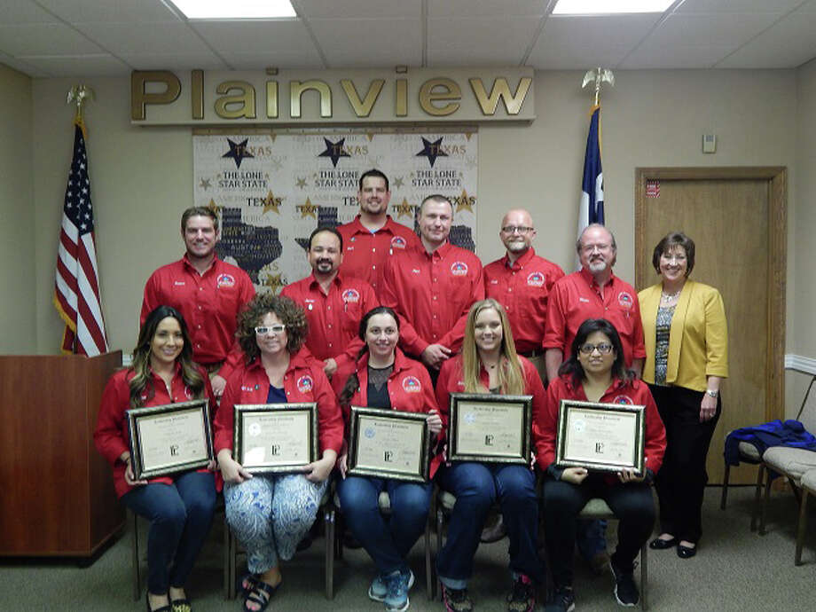 Graduates of the 33rd annual class of Leadership Plainview celebrated the occasion with a special luncheon held at the Chamber of Commerce on May 10. Those receiving diplomas included Kim Griego (front left), Leigh Ann Bradley, Mariya Hapiy, Jordan Dunlap, Sylvia DeLaGarza, Rance Loafman (back left), Javier Lopez, Mark Edlin, Paul Kite, Chad Cain, Leadership Plainview Chairman Shane Harrell and Second Vice President Lezlie Hukill, representing the Chamber board. Not shown are V.J. Kotaiya and Jaime Salinas.