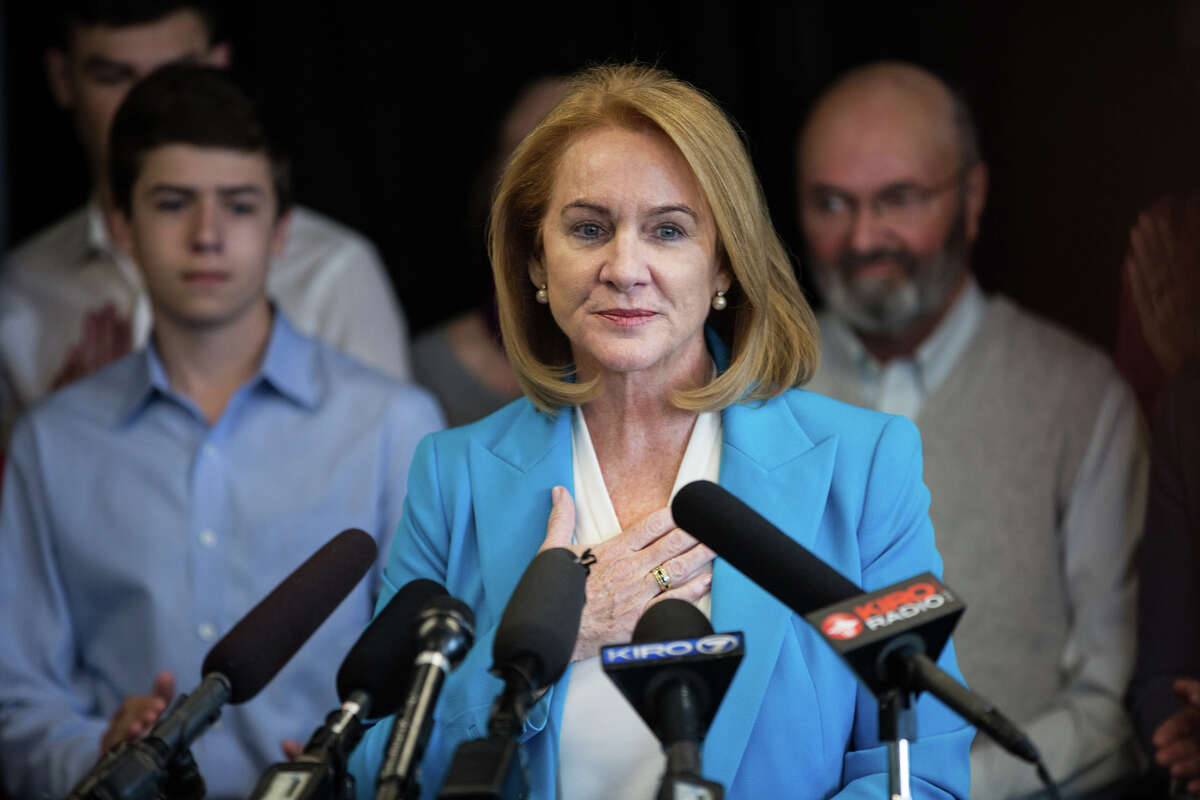 Former U.S. Attorney Jenny Durkan announces her candidacy in the 2017 Seattle mayoral race, at Pacific Tower on Friday, May 12, 2017.