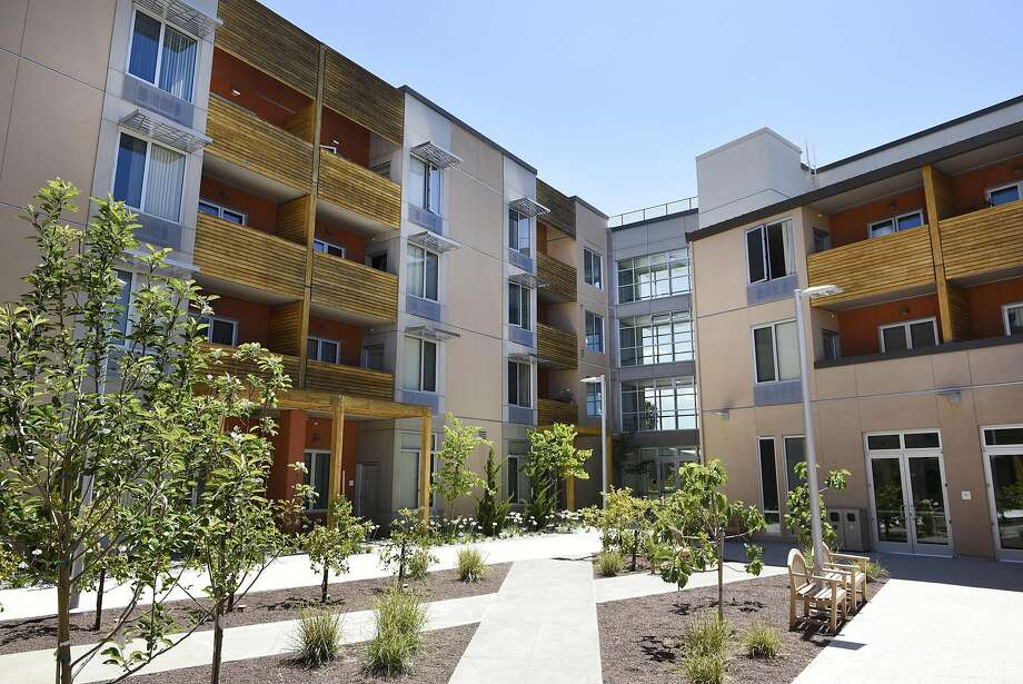 New affordable housing in Alameda County: above, the Arbor at Hesperian, 77 units in San Lorenzo; right, the 32-unit Stargell Commons in Alameda; below, Marea Alta in San Leandro, 115 units. Photo: Michael Short, Special To The Chronicle
