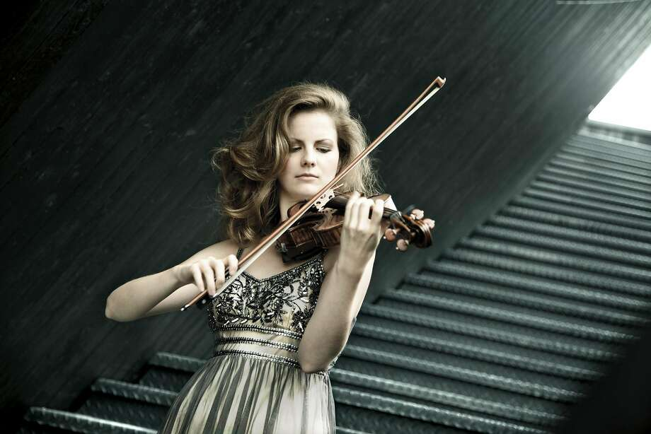 ViolinistVeronika Eberle Photo: Jan Northoff