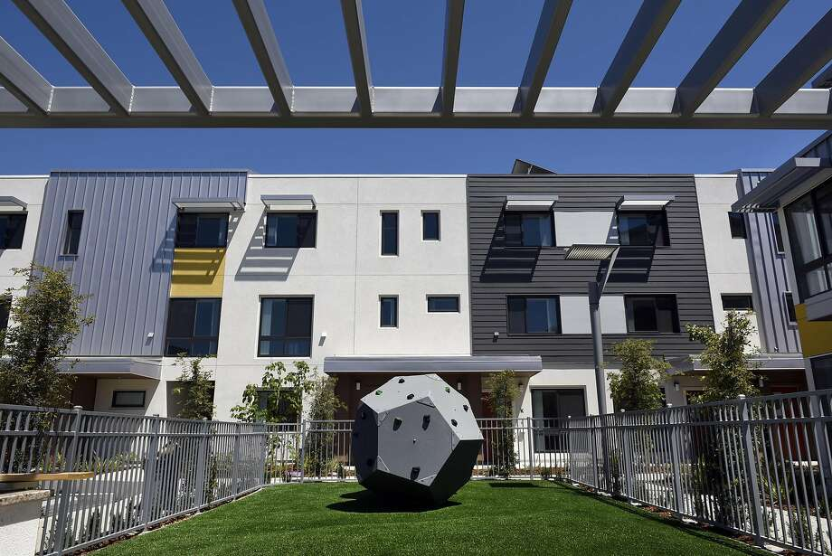 The Stargell Commons low income housing in Alameda, CA, on Friday May 12, 2017. Photo: Michael Short, Special To The Chronicle