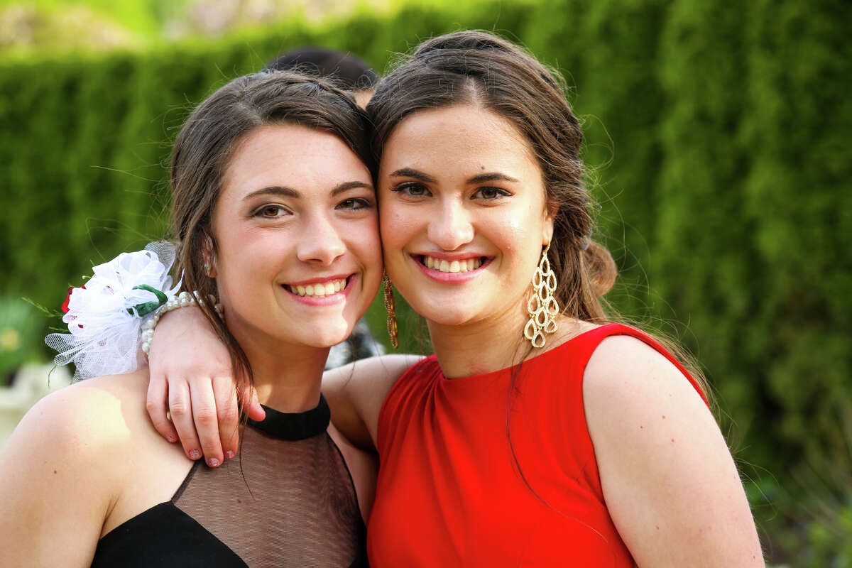 Trend: Red/Burgundy Monroe's Masuk High School held its senior prom at The Waterview in Monroe on May 12, 2017. The senior class graduates on June 21.