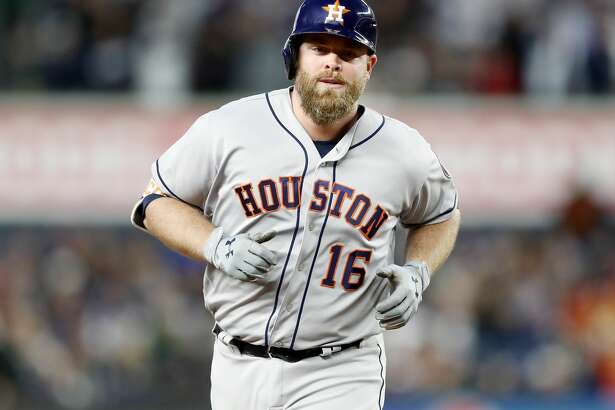 NEW YORK, NY - MAY 12:  Brian McCann #16 of the Houston Astros rounds the bases after he hit a three run home run in the fourth inning against the New York Yankees on May 12, 2017 at Yankee Stadium in the Bronx borough of New York City.  (Photo by Elsa/Getty Images)