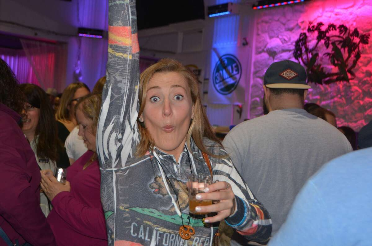 Brews on Bedford, a beer-tasting event, was held in downtown Stamford on May 13, 2017. Guests sampled craft beer from more than 15 breweries and enjoyed live music from the Mike Cusato Band and Dirty Vice Band and fun games. Were you SEEN?