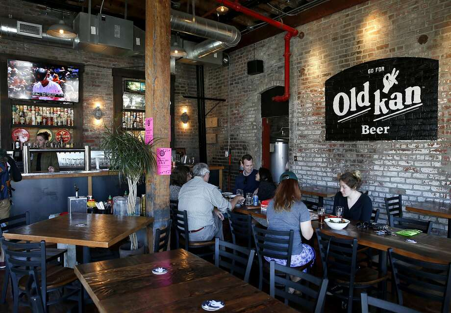 Old Kan Beer & Co. in West Oakland. Photo: Paul Chinn, The Chronicle