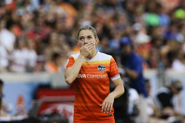 Houston Dash forward Kealia Ohai (7) reacts to losing the ball out-of-bound during the second half of the game at BBVA Compass Stadium Saturday, May 13, 2017, in Houston. Houston Dash lost to Sky Blue FC 3-1. ( Yi-Chin Lee / Houston Chronicle )