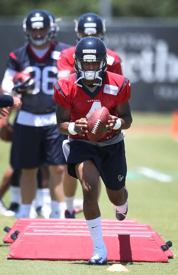 Deshaun Watson runs through drills during Texans rookie camp at NRG practice field   Saturday, May 13, 2017, in Houston. ( Steve Gonzales  / Houston Chronicle ) Photo: Steve Gonzales/Houston Chronicle