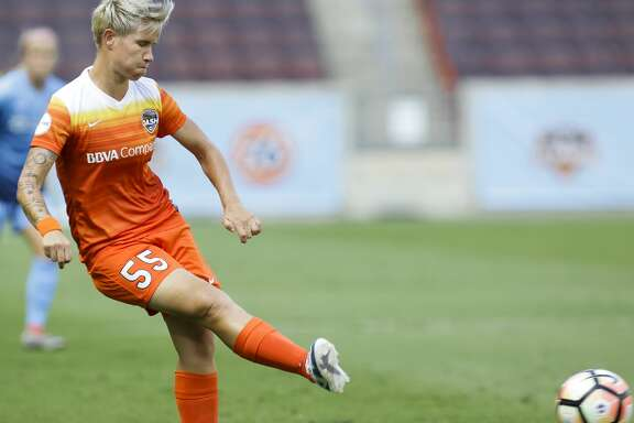 Houston Dash defender Janine Van Wyk (55) kicks the ball during the first half of the game at BBVA Compass Stadium Saturday, May 13, 2017, in Houston. ( Yi-Chin Lee / Houston Chronicle )