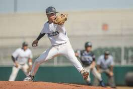 Marcelo Perez will start Game 1 on Thursday as Alexander faces San Antonio Reagan in the regional semifinals at 7:30 p.m. at Sinton High School.