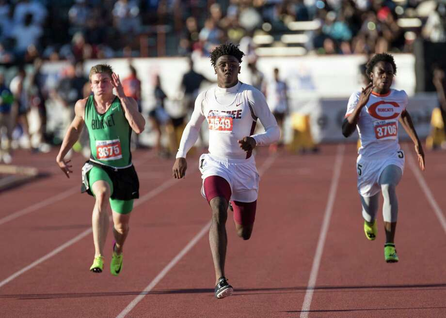Kaylon Barnes of Silsbee High School runs in the Class 4A 100-meter dash event at the UIL State Track and Field Meet at Mike A. Myers Stadium in Austin, Texas, on Saturday, May 13, 2017. Photo: Scott W. Coleman / © 2017 Scott W. Coleman, all rights reserved.