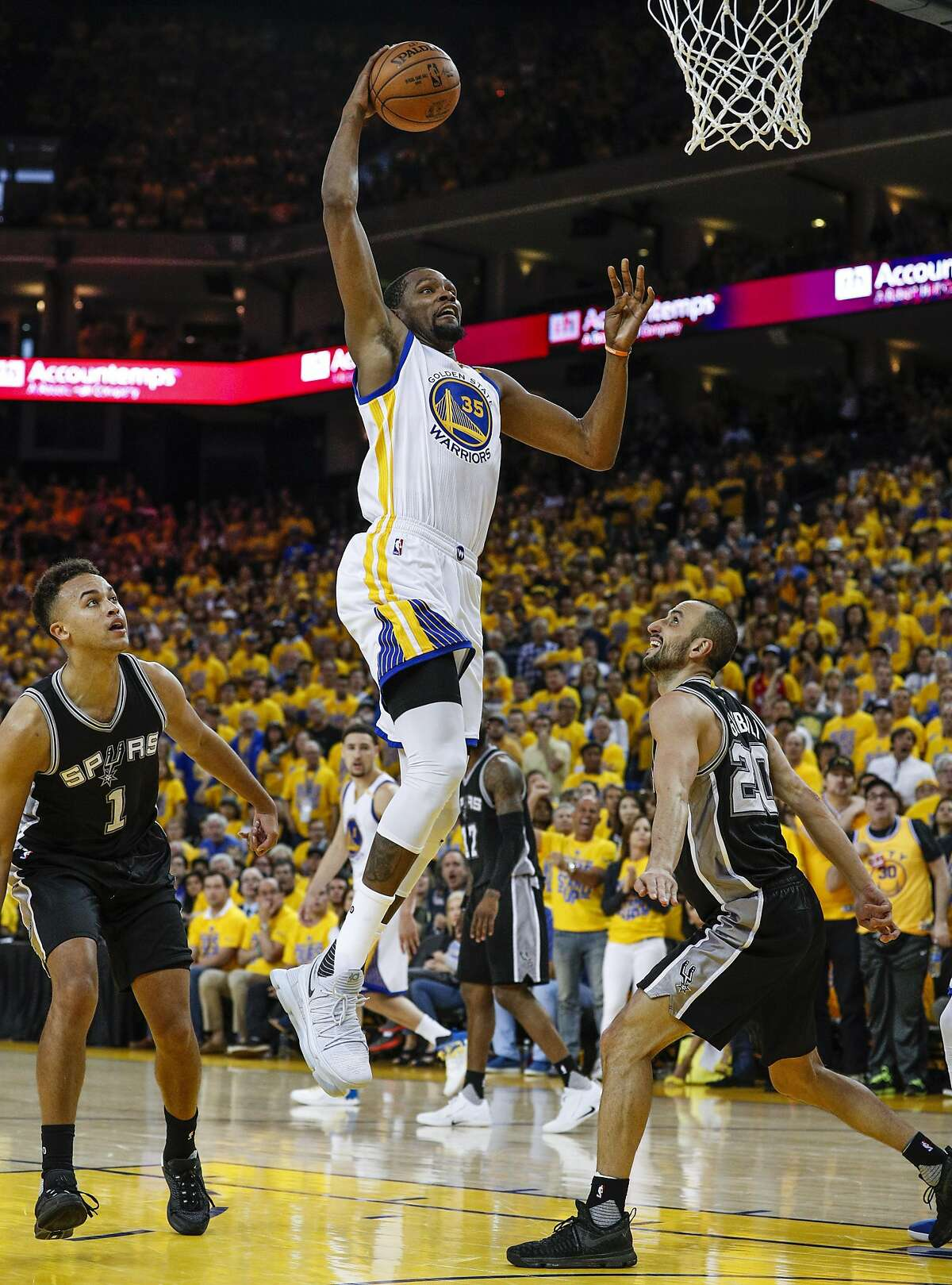 Golden State Warriors' Kevin Durant goes up for a dunk in the fourth quarter during Game 1 of the 2017 NBA Playoffs Western Conference Finals at Oracle Arena on Sunday, May 14, 2017 in Oakland, Calif.