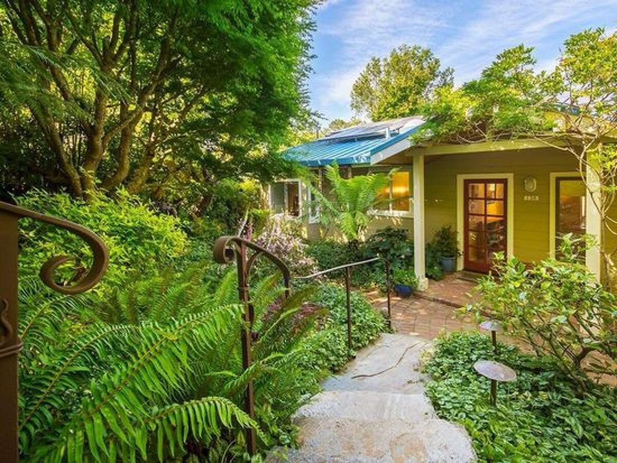 Fairfax: three-bedrooms, two bathrooms for $950,000 A three-bedroom, two-bathroom charmer with a large deck overlooking lush gardens at 130 Ridge Rd. in Fairfax. The 1,683-square-foot home is listed for $950,000.