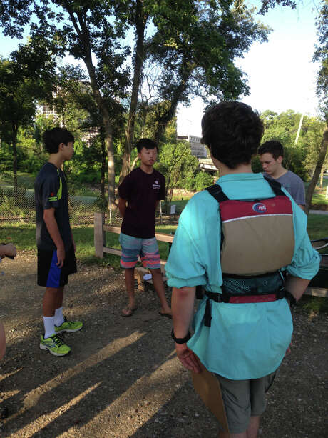 Hung chats with other scouts before putting in and exploring Buffalo Bayou. Photo: Susan Chadwick