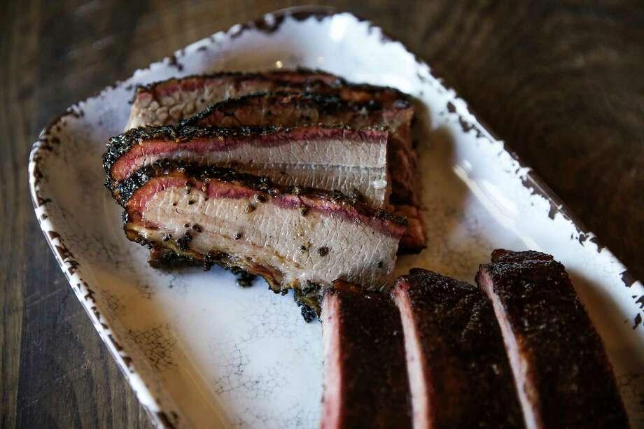 Brisket and ribs at Smoke 'n Honey House Thursday, May 4, 2017 in Houston. ( Michael Ciaglo / Houston Chronicle) Photo: Michael Ciaglo, Staff / Michael Ciaglo