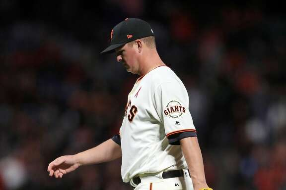 San Francisco Giants' Matt Cain is removed in 7th inning by manager Bruce Bochy after giving up one run to Los Angeles Dodgers during MLB game at AT&T Park in San Francisco, Calif., on Monday, May 15, 2017.