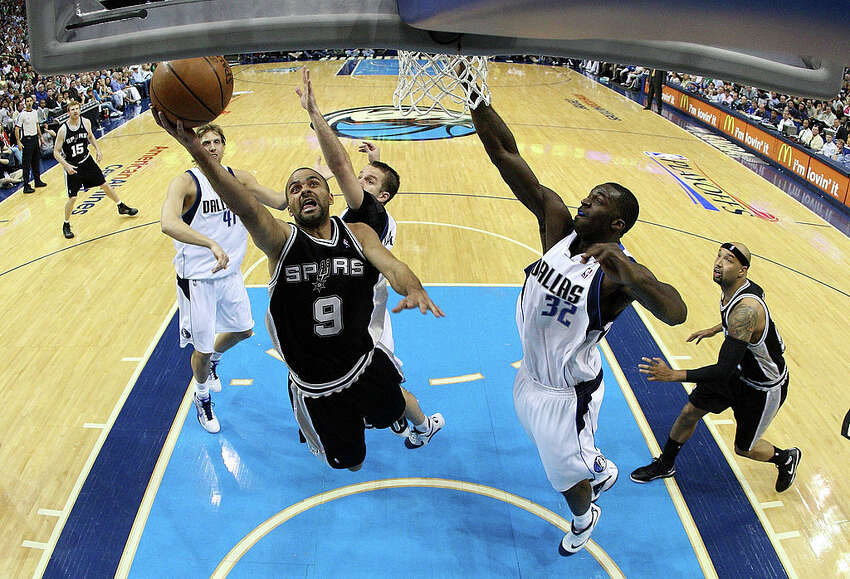 1. Scoring 43 vs. Mavericks, 2009: With the Dallas Mavericks leading their first-round playoff series (2-1) against the Spurs in 2009, Parker knew he had to take over. In Game 4, he had 43 points in 41 minutes on 62 percent shooting, putting up a dizzying array of floaters, mid-range jumpers and layups to try and get his team a much-needed win in Dallas. The Spurs ended up losing the game and eventually the series, but that was Parker's career high for points in the playoffs.He is tied with Kawhi Leonard for the Spurs' third-highest postseason scoring performance in franchise history.