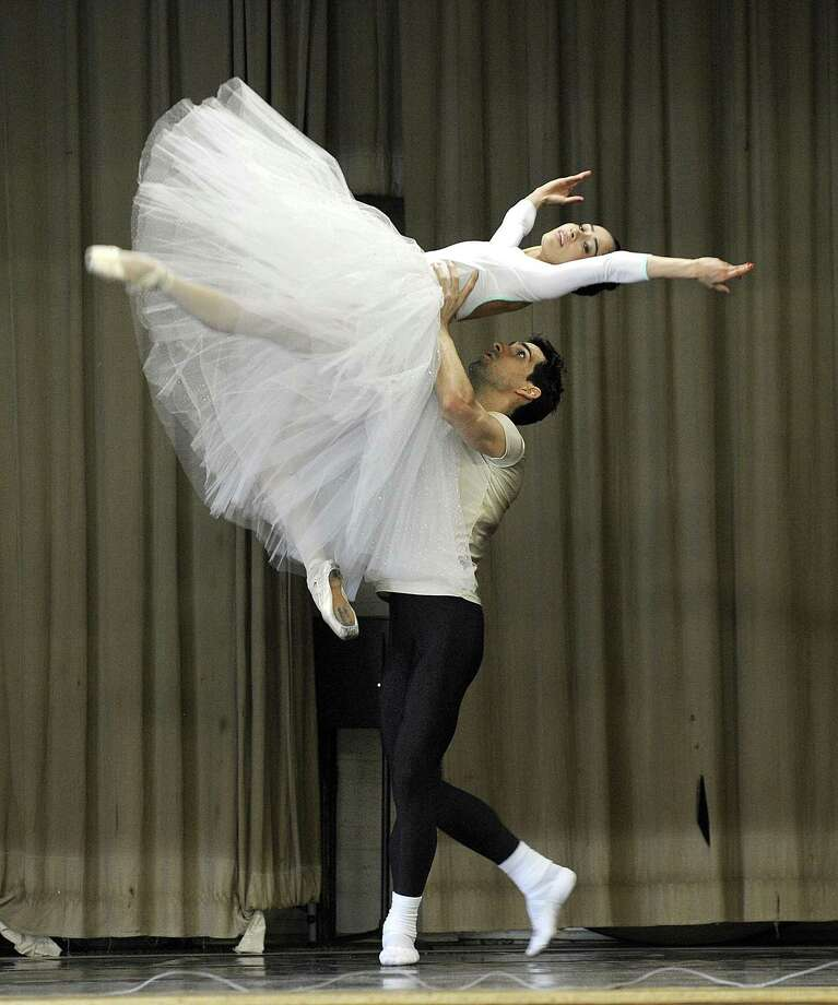 Alejandra Garcia and Karel Hernandez, dancers with the Connecticut Ballet, demonstrate ballet dance to children at Park Avenue School Monday morning, May 15, 2017. Photo: Carol Kaliff / Hearst Connecticut Media / The News-Times
