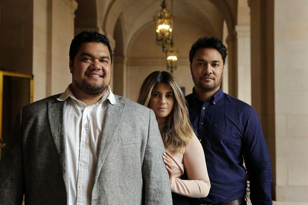 All in the family for three young opera singers - SFChronicle com