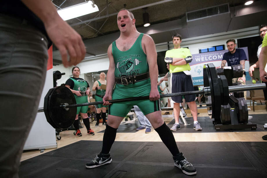 Nathan Zimmerman yells as he holds a dead lift at the 2017 Special Olympic Powerlifting Invitational at the Washington Athletic Club in Seattle on Saturday, May 13, 2017. Photo: GRANT HINDSLEY, SEATTLEPI.COM / SEATTLEPI.COM