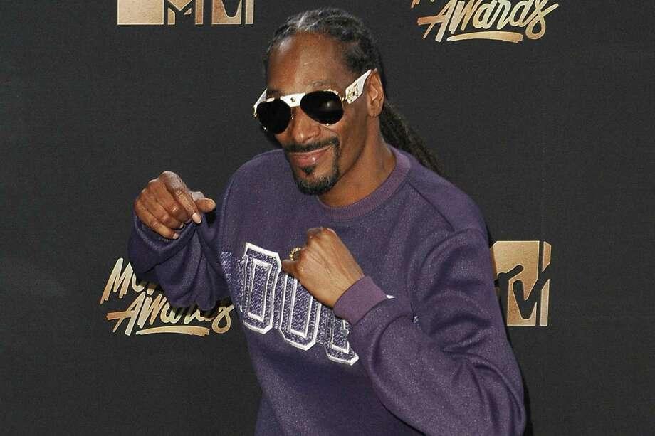 Snoop Dogg to host 'Joker's Wild' game show reboot