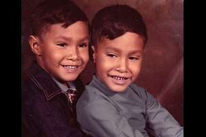 "@bginns : ""Taking a break from Trump to show you @JoaquinCastrotx and @JulianCastro as kids."""