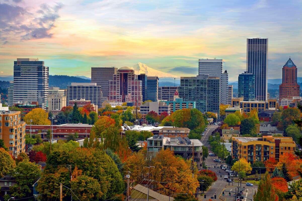 10) Portland, Oregon Total score: 62.08 Health resolutions rank: 8Financial resolutions rank: 32 School & work resolutions rank: 126Bad habit resolutions rank: 105 Relationship resolutions rank: 6