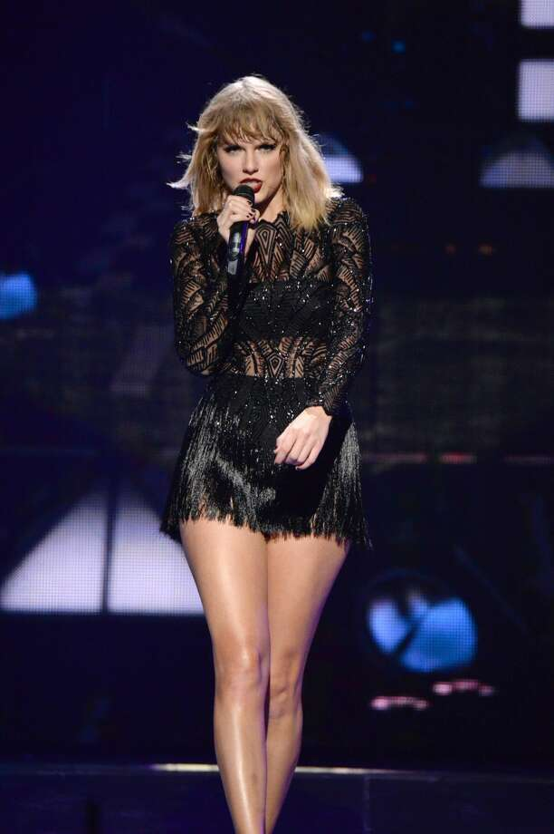 9) Taylor SwiftNet Worth: $280 million Photo: Kevin Mazur/Getty Images For DIRECTV