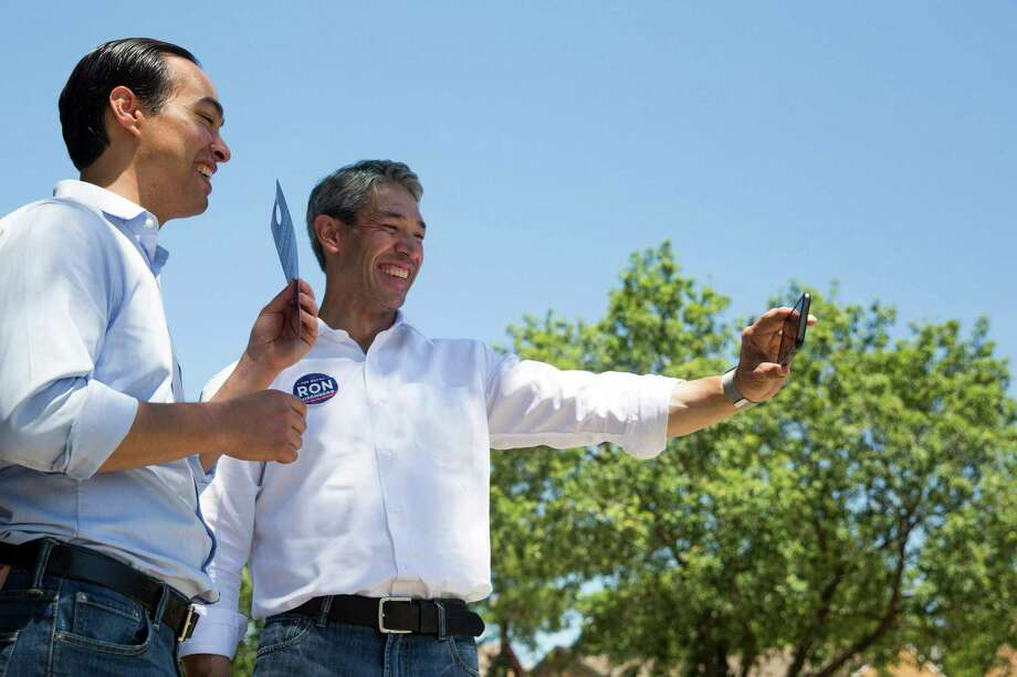 Mayoral candidate Ron Nirenberg shoots a Facebook Live video with former San Antonio Mayor Julian Castro on Donaldson Avenue in San Antonio, Texas on May 13, 2017. Castro publicly endorsed Nirenberg on Saturday. Ray Whitehouse / for the San Antonio Express-News Photo: Ray Whitehouse, Photographer / For The San Antonio Express-News
