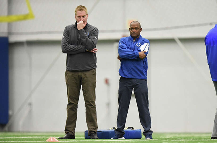 The Houston Texans' new assistant general manager Jimmy Raye III (right) was the vice president of football operations with the Indianapolis Colts. Photo: Indianapolis Colts