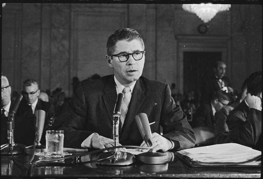 Texas swindler Billie Sol Estes testifying before a United States Senate Investigating Committee, Washington DC, June 28, 1962. (Photo by Thomas O'Halloran/PhotoQuest/Getty Images) Photo: PhotoQuest/Getty Images