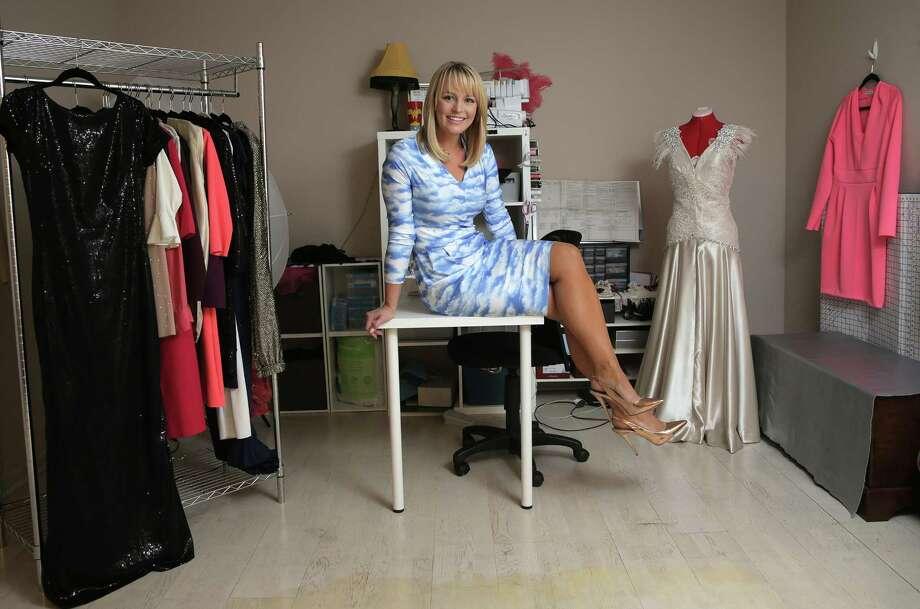 Fox 26 meteorologist Lisa Vaughn sews up a storm - Houston ...