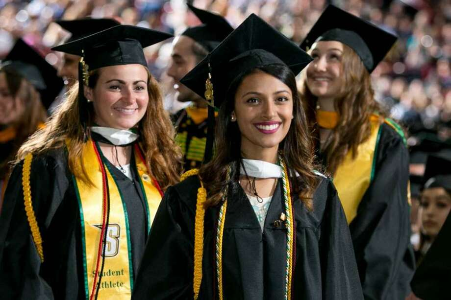 Siena College graduation, Sunday, May 14, 2017, at the Times Union Center, Albany, N.Y. (CMichael Hemberger/Photographer, Sergio Sericolo)